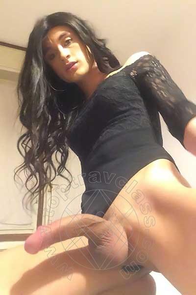 Trav Ita Cabral Xxl  selfie hotTrav 4